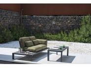 Divano da giardino a 2 posti in tessuto TAMI | Divano da giardino a 2 posti by emu