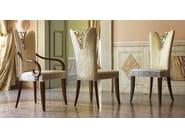 Sedia imbottita in tessuto con braccioli GRAND ÉTOILE | Sedia con braccioli by Cantiero