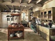 Cucina componibile in legno massello con isola INCONTRADA - COMPOSIZIONE 02 by Marchi Cucine