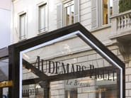 CAGIS EXCLUSIVE INSTALLATION at AUDEMARS PIGUET - MILANO Via Montenapoleone (dal 14 al 23 Ottobre 2013)
