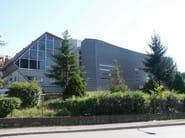 Zinco titanio VMZINC® Palestra Cus - Siena - Progettista: Arch Bagnoli - Finitura: Quartz-Zinc® - Tecnica: aggraffatura angolare orizzontale