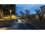 TETRA PARCO   Paletto luminoso per spazi pubblici TETRA PARCO LED. Illuminazione di viali di ingresso