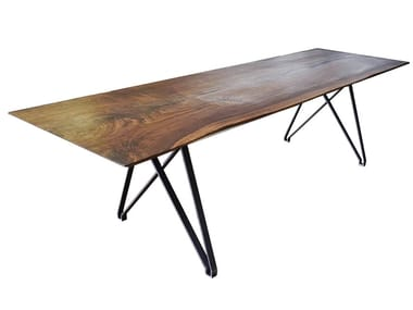 Rectangular walnut table 09 | Table