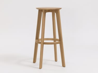Solid wood barstool with footrest 1.3 BAR