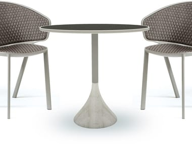 Round ceramic garden table CONCRETO | Ceramic table