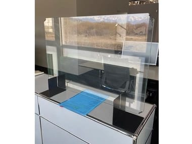 Modular reception station with a protection screen USM HALLER LIGHT GRAY