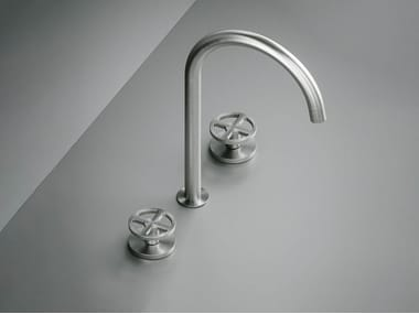 3 hole stainless steel washbasin tap with adjustable spout Valvola02_20 32V