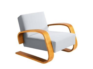 """Cantilever wooden armchair with armrests 400 """"TANK"""""""