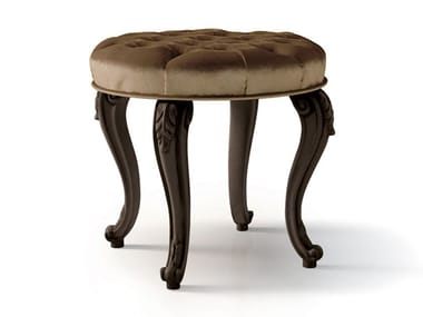 Low tufted velvet stool 6288 | Stool