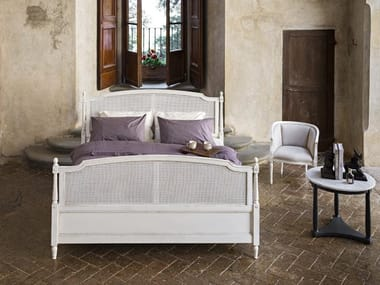 Wooden bed 6492 / 6493