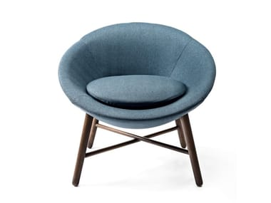 Fabric easy chair with armrests 8484 | Easy chair