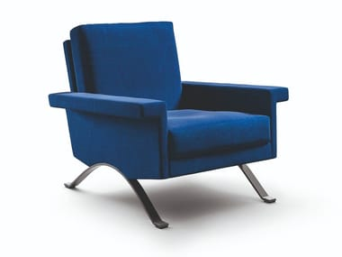 Armchair with armrests 875