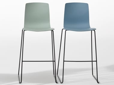 High sled base polypropylene stool with back AAVA | Stool