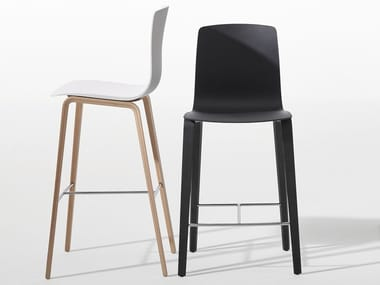 High wooden stool with footrest AAVA | Wooden stool