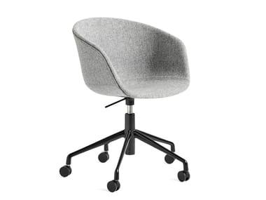 Chaise pivotante rembourrée réglable en hauteur ABOUT A CHAIR AAC 53