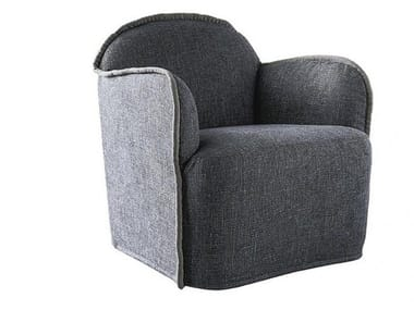 Armchair with armrests ADA