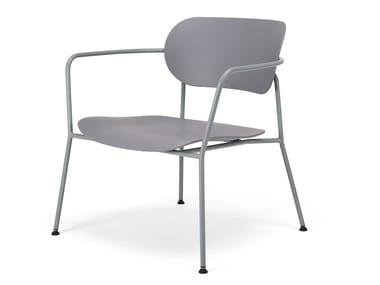 Petit fauteuil en plastique avec accoudoirs AFM | Petit fauteuil en plastique