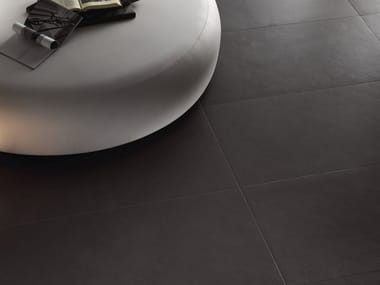 Porcelain stoneware wall/floor tiles with concrete effect with resin effect ANTHRACITE GROUND