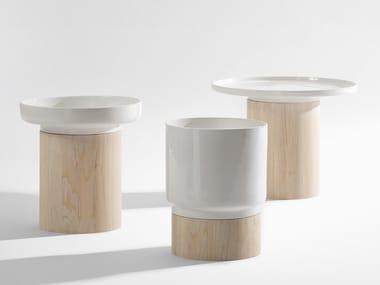 Mesa de centro baixa redonda de madeira APU