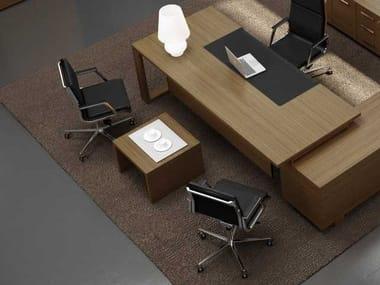 Tavolino quadrato in noce ARCHE | Tavolino quadrato