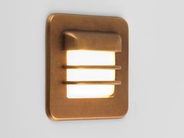 Segnapasso a LED a parete in ottone per esterni ARRAN SQUARE