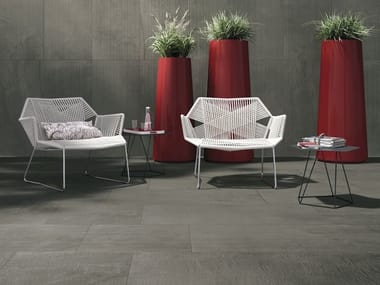 Indoor/outdoor porcelain stoneware wall/floor tiles with concrete effect with resin effect ASHY CORE