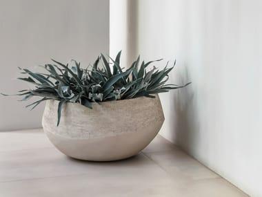 Vaso da giardino basso fatto a mano in terracotta ATLANTIS NATURAL