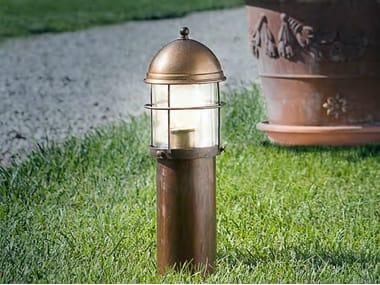Paletto luminoso in metallo ATTILA | Paletto luminoso per spazi pubblici