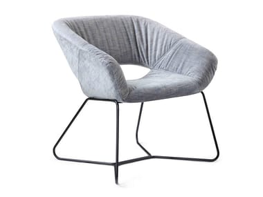 Fabric easy chair with armrests AVERIO | Easy chair