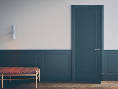 Hinged lacquered honeycomb door with concealed hinges AVENUE