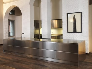Custom stainless steel kitchen with island ATELIER | Custom kitchen