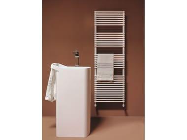 Vertical wall-mounted towel warmer BASICS 20