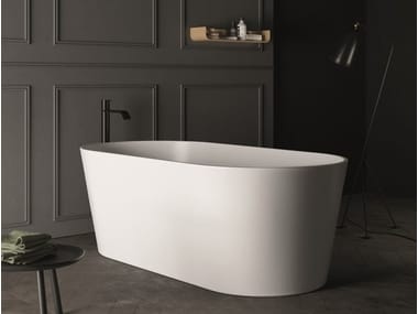 Freestanding oval Pietraluce® bathtub BAY