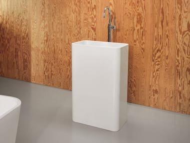 Freestanding enamelled steel washbasin BETTEART MONOLITH