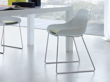 Sled base HiREK® chair BIBA