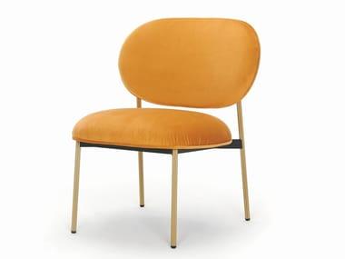 Sedia lounge imbottita e rivestita in tessuto BLUME 2951