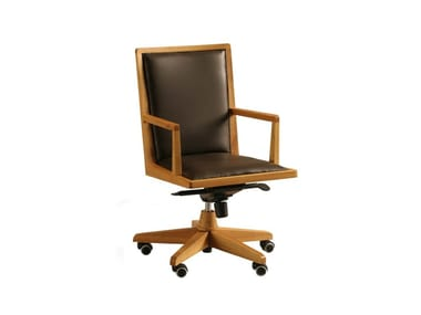 Swivel leather executive chair with castors BOSS | Executive chair