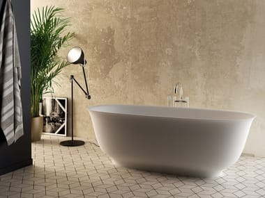 Freestanding Cristalplant® bathtub BOUQUET