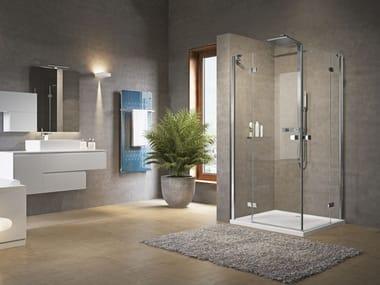 Box doccia angolare con porta a battente BRERA | A