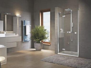 Box doccia angolare in vetro con piatto con porta a battente BRERA | G