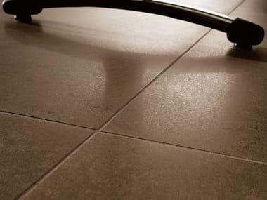 Pavimento/rivestimento in gres porcellanato effetto pietra BUXY - NOISETTE