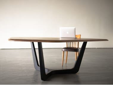 Wooden meeting table BuzziTrihex