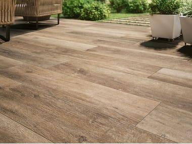 Pavimento/rivestimento in gres porcellanato effetto legno CADORE - BOSCO