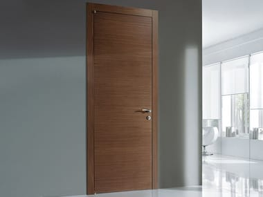 Hinged walnut door CANALETTO ON