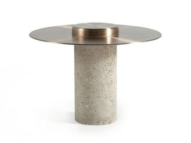 Round aluminium coffee table CANOTIER | Aluminium coffee table