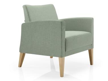 Cadeira lounge de tecido com braços CASSIS   Cadeira lounge de tecido