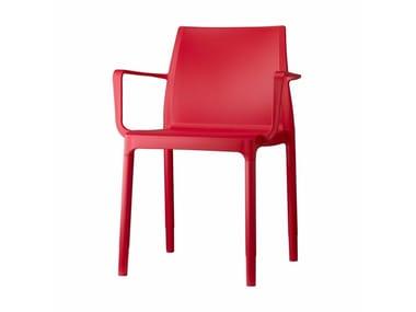 Sedia impilabile in tecnopolimero con braccioli CHLOÉ TREND | Sedia con braccioli