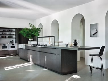 Oak and marble kitchen with island INTARSIO - CLASSICAL FUTURE