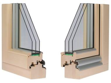 Finestra in legno con triplo vetro CLIMA 92