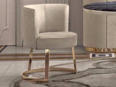 Upholstered leather easy chair CLOÉ